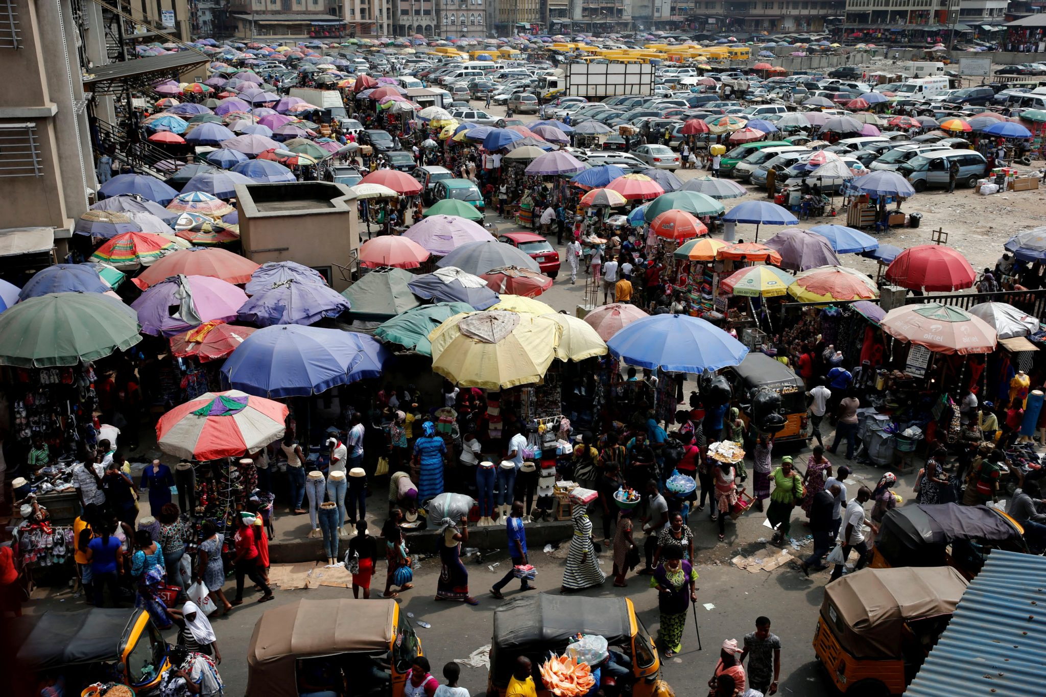 A view of the Oluwole Urban Market in the central business district, near Marina in Lagos